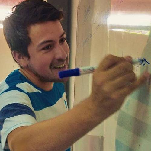 Dr. Juan Pablo Amaya